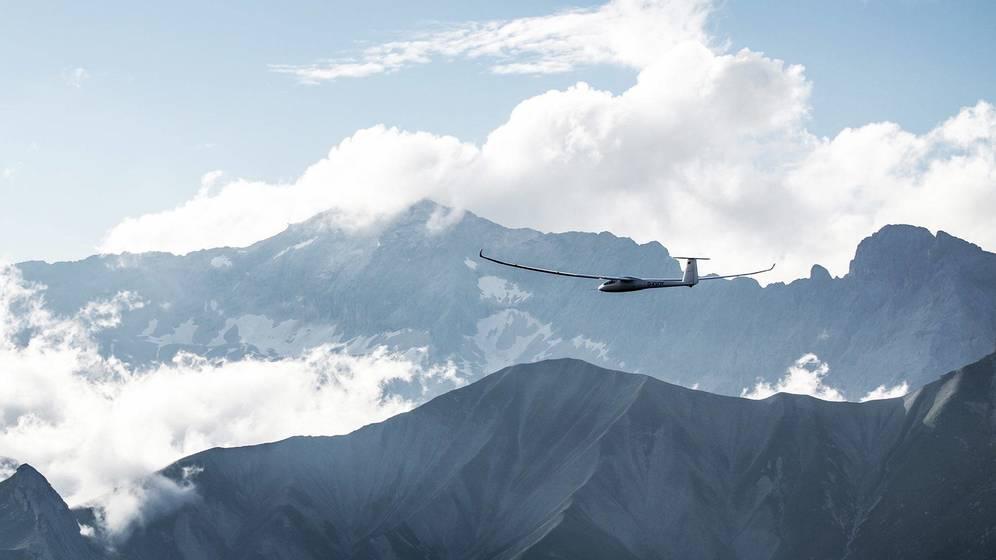 El avión solar ruso que dará la vuelta al mundo en cinco días sin parar