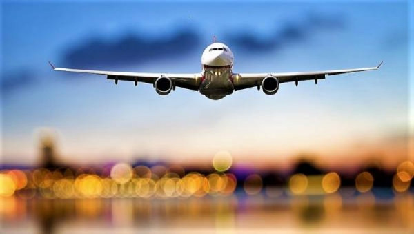Aerolíneas españolas rechazan la ecotasa a la aviación